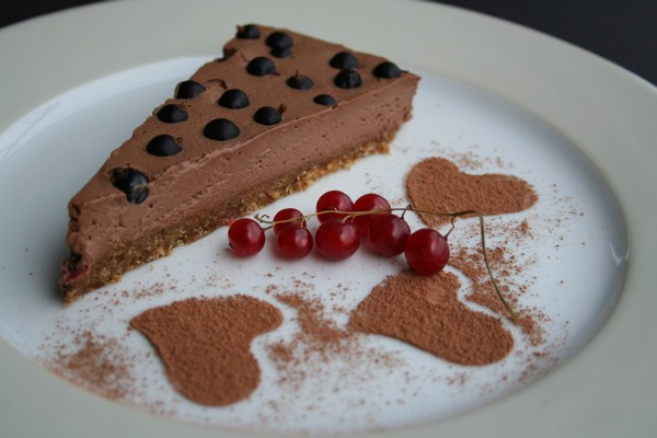 boris-lauser-mousse_au_chocolat_cake_black_currents013.jpg